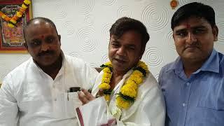 Bollywood actor and comedian Rajpal Yadav visits Mr Gulabchand Dubey (Shivsena)office thane visits