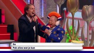 Meneer Chung zingt duet met André Hazes Jr. - IK HOU VAN HOLLAND