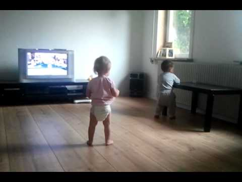 Two funny baby dance ZUMBA :D