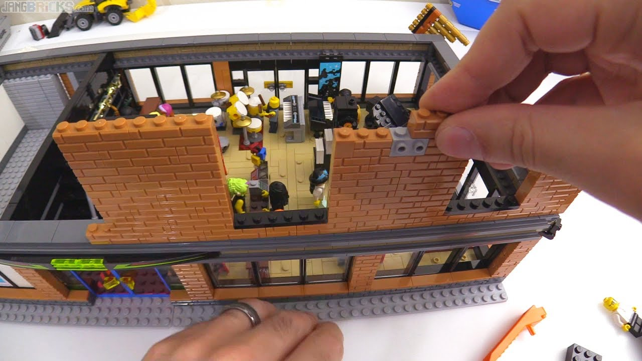 time lapse lego music shop laser tag moc progress 6. Black Bedroom Furniture Sets. Home Design Ideas