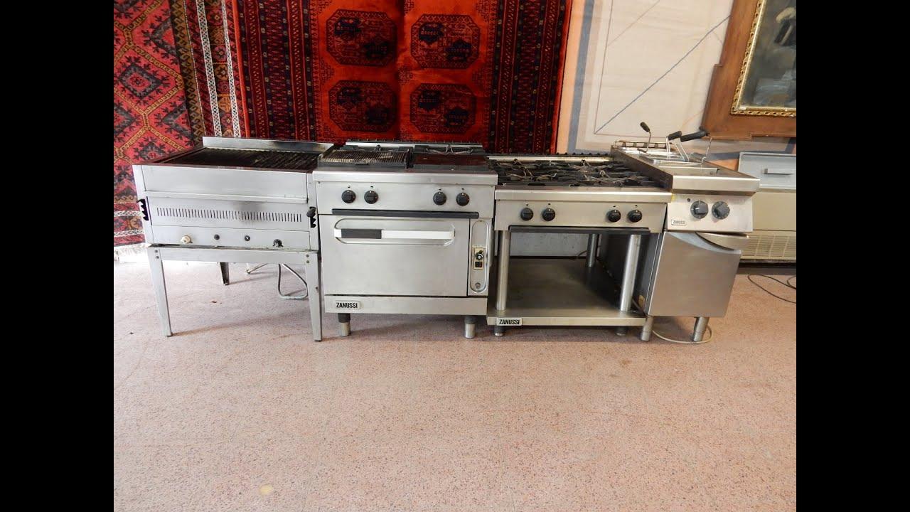 Asta cucina completa zanussi in acciaio inox youtube for Cucina 8 fuochi zanussi