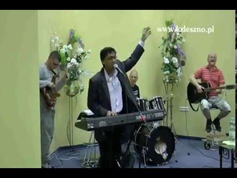 """Worship """"Jesus Jesus Jesus"""" at Poland - Bobby Thomas"""