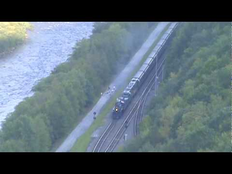 steam Locomotive 425 comes through Penn Haven Junction