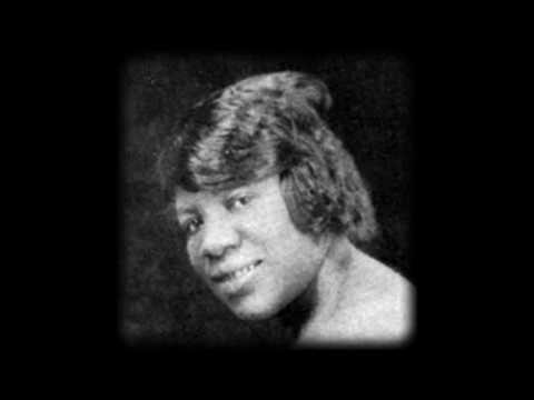 Clara Smith - Sobbin' Sister Blues
