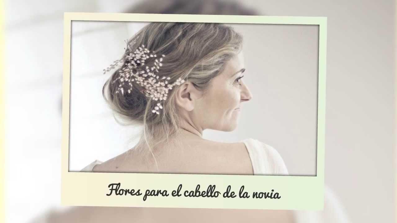 Adornos pelo novia. Flores para el cabello de la novia.