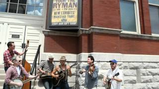 Watch Old Crow Medicine Show Sewanee Mountain Catfight video