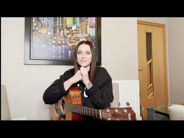 Amy Macdonald - The Human Demands (Live from Amy's Living Room)