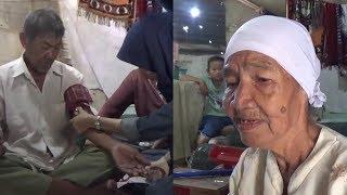 Kakek 90 Tahun Rela Jualan Buah Keliling Demi Biayai Berobat Istri