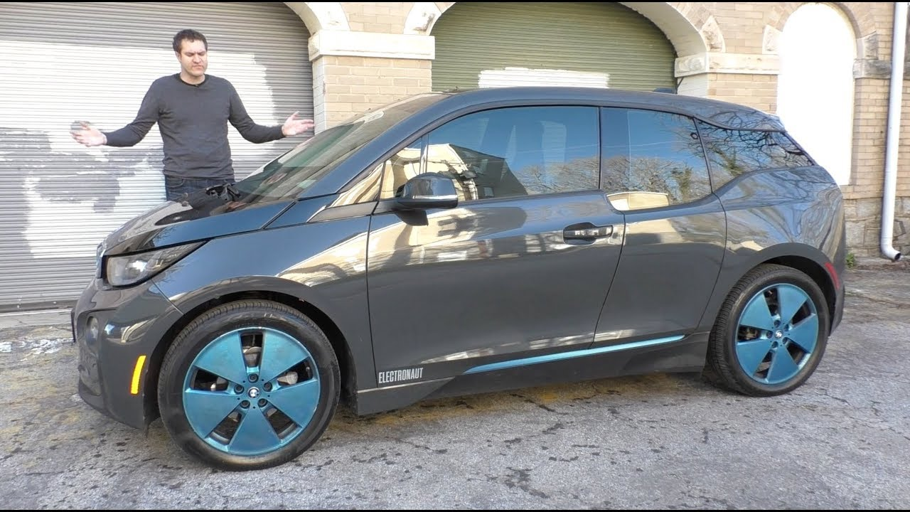 Download Here's Why the BMW i3 Absolutely Isn't Worth $50,000
