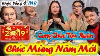 ❀//Vlog 68// Lâu Lâu Trải Nghiệm Món Ăn Dân Dã Của Việt Nam - Tiễn Năm Cũ Đi Mừng Năm Mới Đến