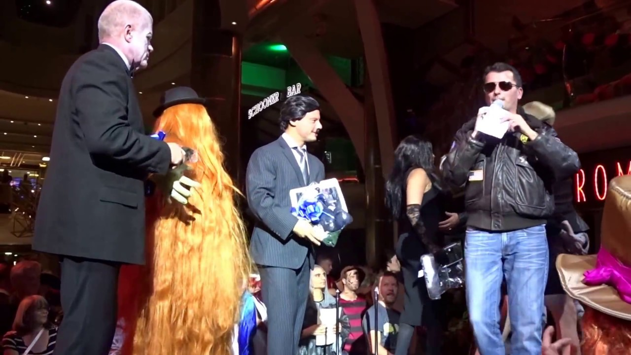 harmony of the seas halloween party / royal promenade halloween