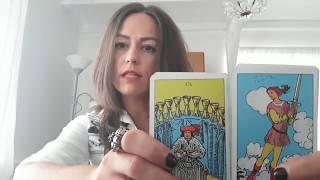 Tarot ,Horoscop Varsator Octombrie 2018