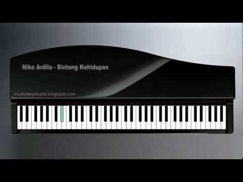 Nike Ardila Bintang Kehidupan piano