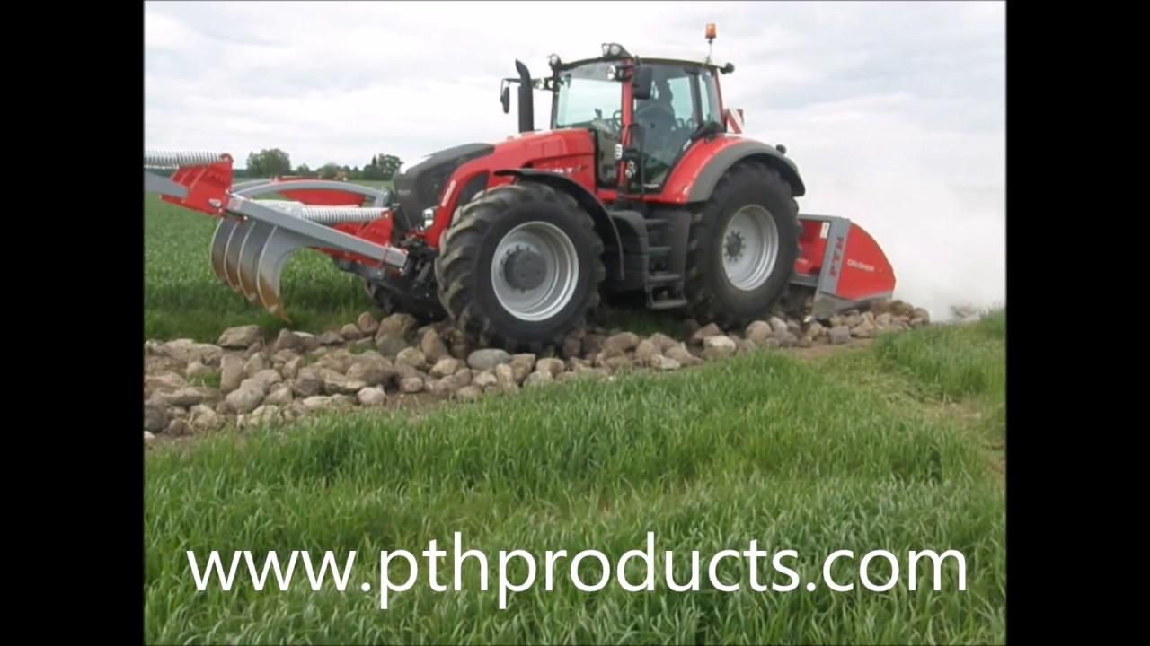 PTH Crusher 2500HD crushing large river rock on hauling road