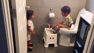 Hilarious - potty training twins - issy stay, issy go