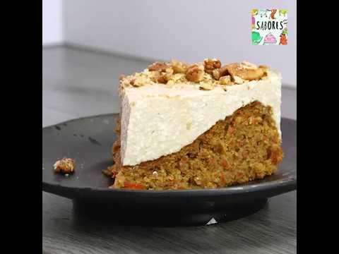 Cheesecake con fondo de pastel de zanahoria