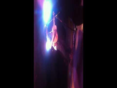 Paul Dempsey live @ The Corner Hotel Melbourne 23/10/11 Leonard Cohen cover The Future Mp3