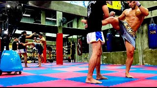 Entrenamiento de Muay Thai en Bangkok | Aventuras en Tailandia…