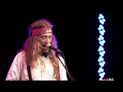 Jesse Roper performing 'Cupid' at Western Canadian Music Awards