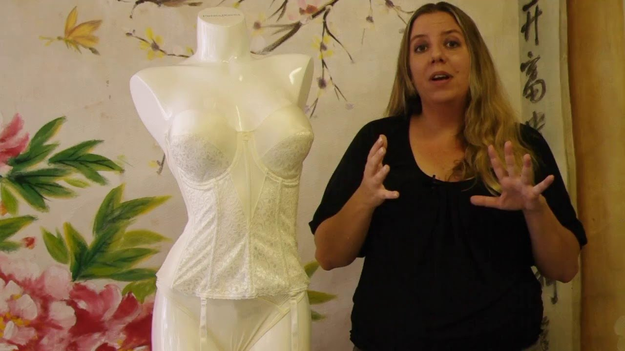 fbddc461a5c6c How to Select a Bridal Bra  From Bustiers to Backless Strapless Bras -  YouTube