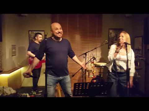 Hakan Caneroğlu Band - Happy (w/ Müjde Kızılkan)