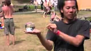 Контактное жонглирование(Контактное жонглирование, староватое видео., 2012-12-02T11:54:33.000Z)
