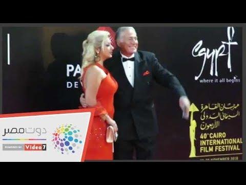 فنانين وأزواجهم على السجادة الحمراء بمهرجان القاهرة  - نشر قبل 16 ساعة