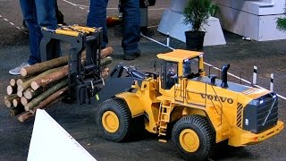 GIANT RC VOLVO L350F SCALE MODEL BULLDOZER WHEEL LOADER WITH TIMBER CLAMB IN ACTION