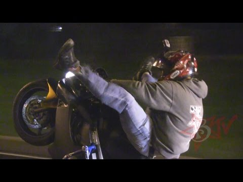 Street Bike STUNTS Long Highway WHEELIES ROC 2014 Ride Of The Century FRANK Motorcycle Stunt Riding