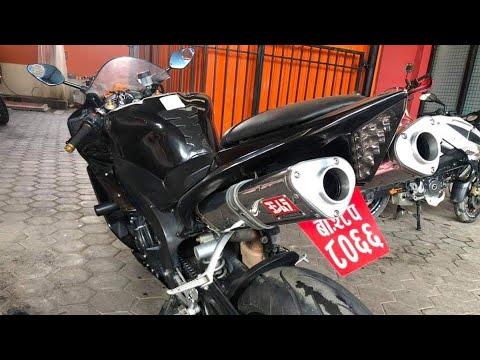 Loud Yamaha R1 1000cc in Nepal.