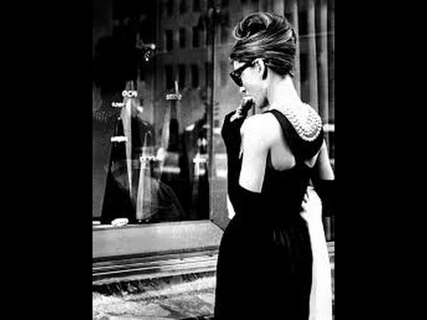 "Breakfast at Tiffanys, iconic movie theme, ""Moon river"""