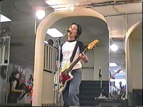 Jane Wiedlin  Solo & Electric in 1995