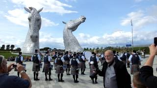 New York Metro Pipe Band perform Scotland the Brave at The Kelpies