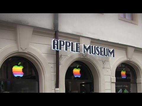 Visiting Apple Museum In Prague