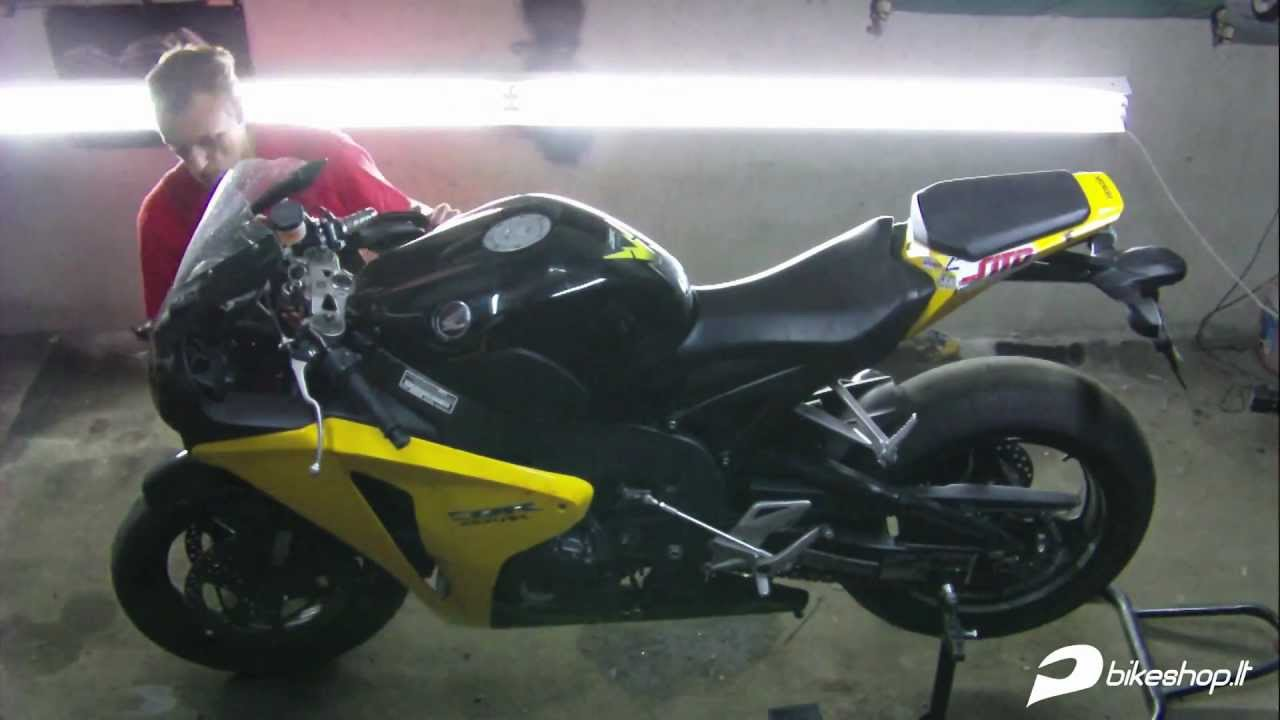 honda cbr 1000 rr fireblade engine removal youtube. Black Bedroom Furniture Sets. Home Design Ideas