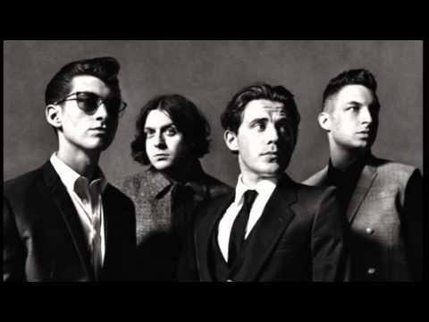 Arctic Monkeys - I Wanna Be Yours (Acoustic)