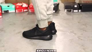 Women's Rosherun DMB Black Black On feet video at Exclucity