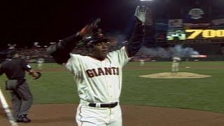 SD@SF: Bonds launches his 700th career homer