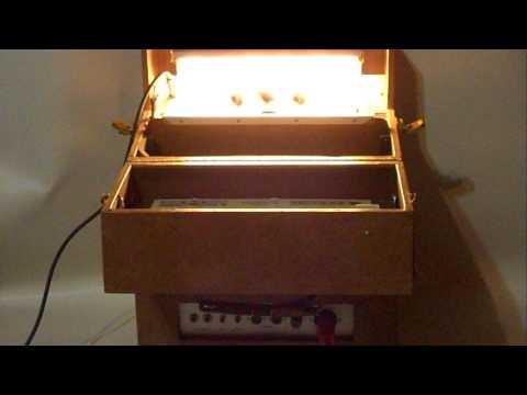 Vintage 1960's/70's Ampl Voice Amp Guitar Demonstration