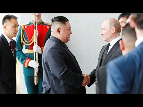 كيم جونغ أون وبوتين يبحثان في قمة مشتركة سبل تعزيز العلاقات بين البلدين  - نشر قبل 4 ساعة