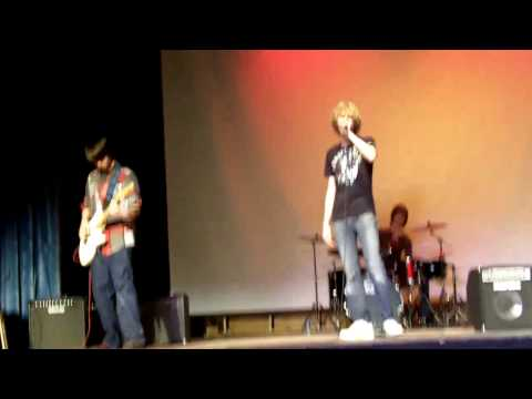plan 9 at chhs talent show sillhouettes