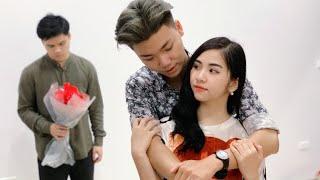 Chủ Tịch Làm Phục Vụ Bị Người Yêu Bỏ Trong Valentine~! Đừng Bao Giờ Coi Thường Người Khác - RKM