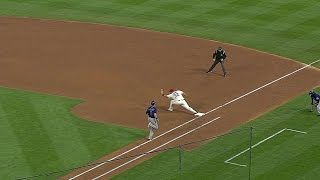 COL@STL: Kozma dives to snare a grounder at second