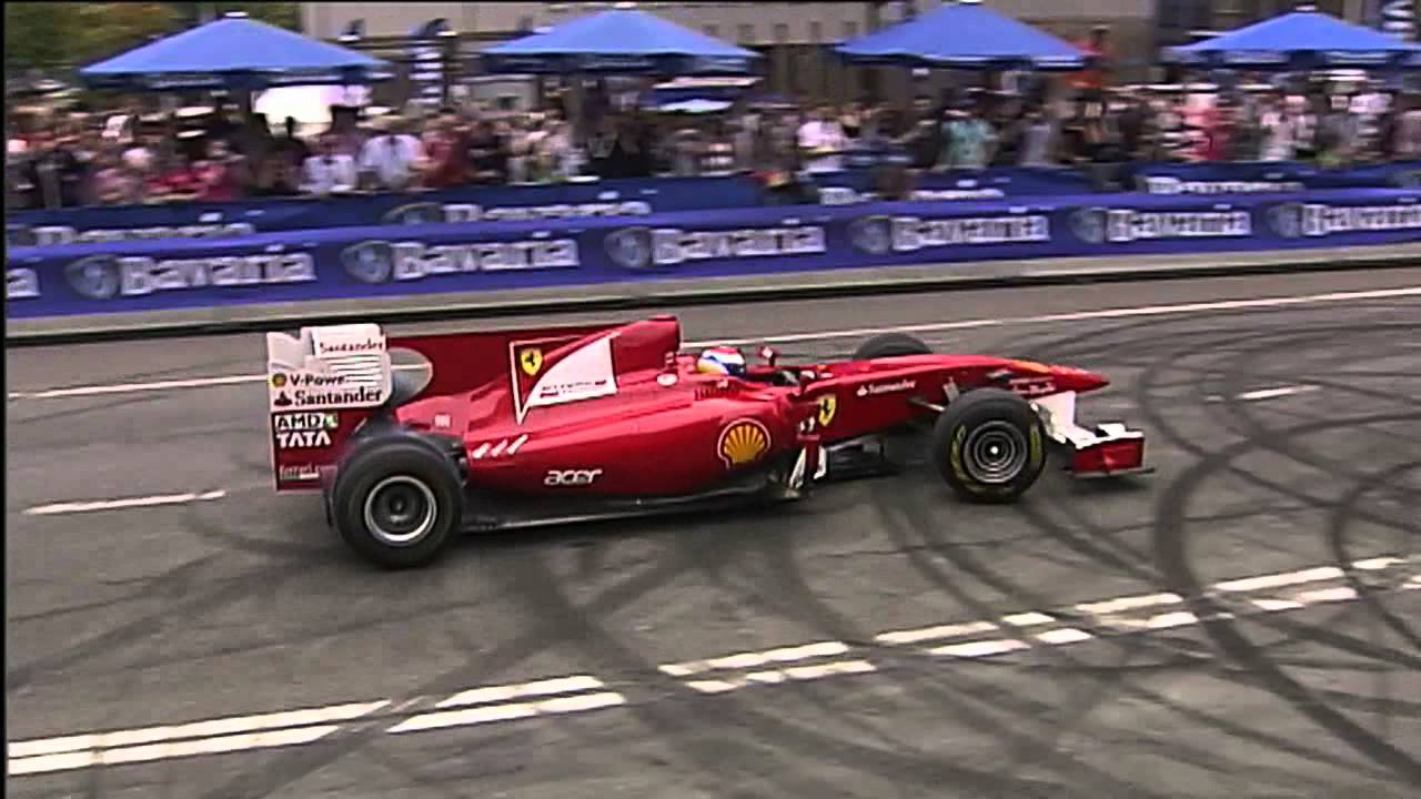F1 2011 Ferrari Marc Gené Demo In Rotterdam Bavaria City Racing Youtube