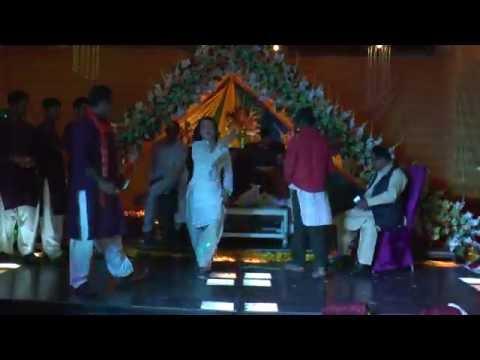 yaar mere diyan akhiyan dakay mardian( Ali Zafar Wedding Party 2016)