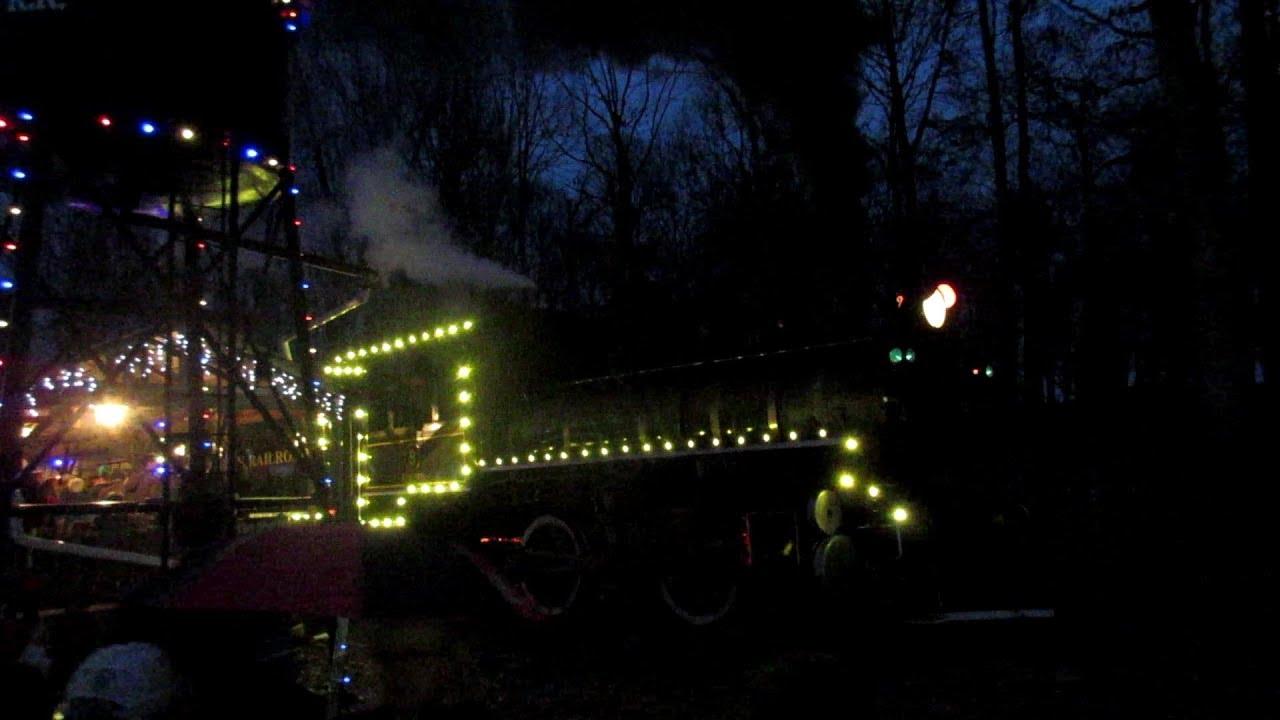 running beside handy dandy no9 country christmas train at denton farm park - Christmas Train Denton Nc