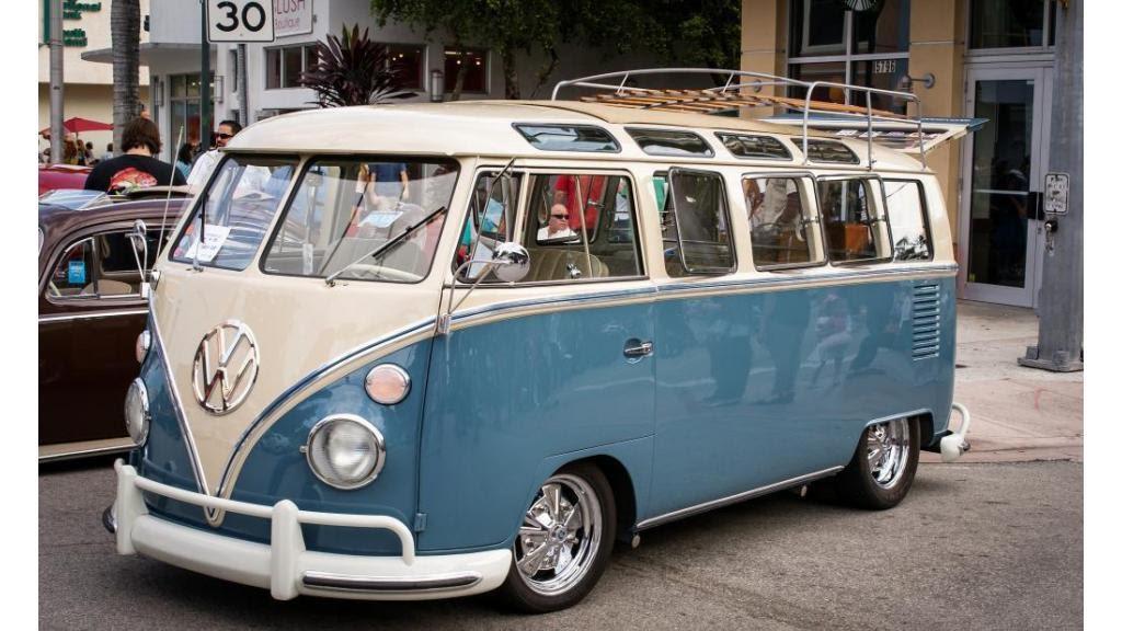 1964 volkswagen bus vanagon 21 window deluxe youtube. Black Bedroom Furniture Sets. Home Design Ideas