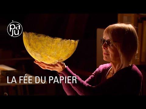 """""""L'âme de la feuille"""" ou la création artisanale de papier"""