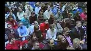 Черновецкий говорит, что может нагнуть любого(Леонид Черновецкий, похоже, потерял голову от своей должности., 2007-12-11T14:16:04.000Z)