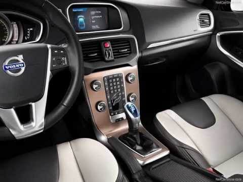 2013 Volvo V40 Cross Country Review